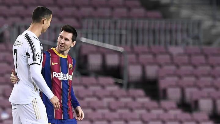 Joan Laporta, presidente do Barcelona, estaria envolvendo em uma operação para juntar Lionel Messi e Cristiano Ronaldo no Barcelona.