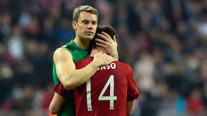 Xabi Alonso has called former Bayern Munich team-mate Manuel Neuer as the best player he has played with