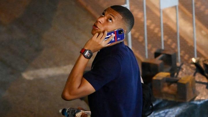 Mirá donde está posicionado y continúa en charlas con clubes. ¿Qué pasará con Mbappé?