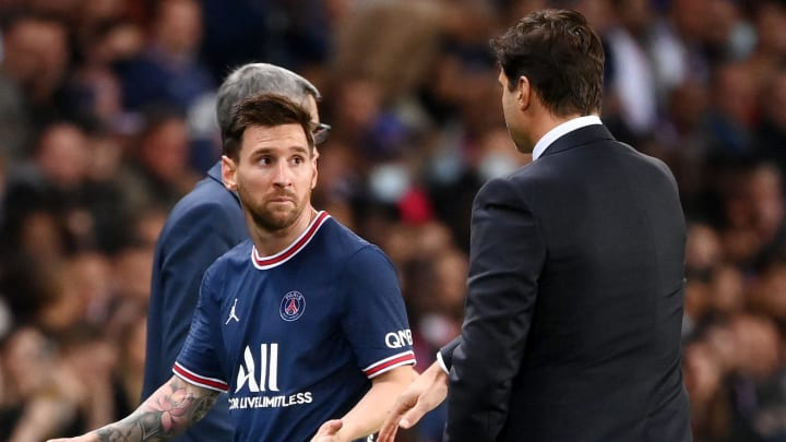 Former PSG star hits out at Pochettino for treating Lionel Messi different to other superstars