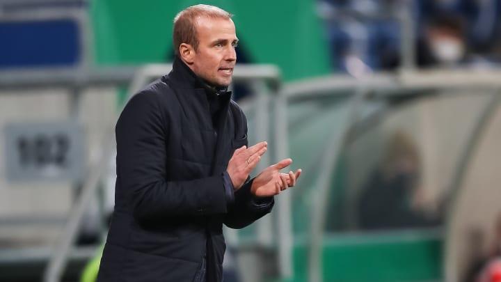 Darf sich Hoffenheim-Trainer Sebastian Hoeneß bald über ein französisches Sturm-Talent freuen?