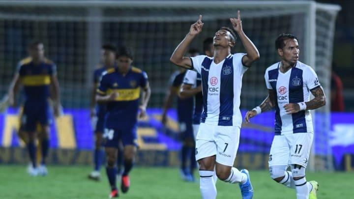 Talleres v Boca Juniors - Superliga 2019/20 - Valoyes festeja su gol.