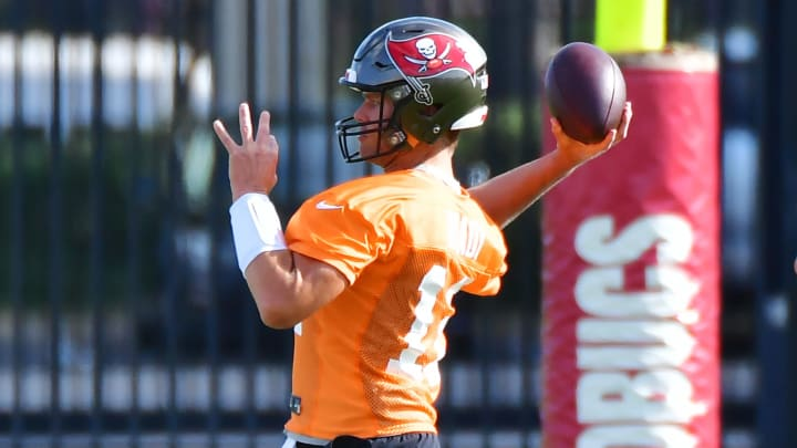 Buccaneers News: Tom Brady's injury update is great news for the Tampa Bay Buccaneers at the team's minicamp.