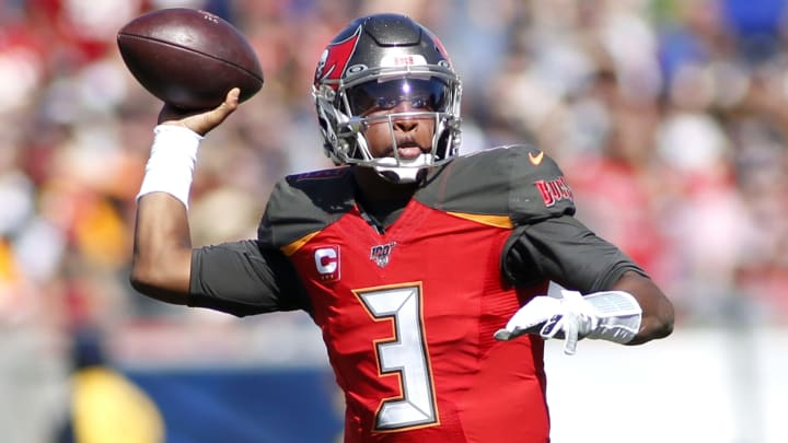 LOS ANGELES, CALIFORNIA - SEPTEMBER 29:  Quarterback Jameis Winston #3 of the Tampa Bay Buccaneers drops back to pass the ball during the second quarter against the Los Angeles Rams at Los Angeles Memorial Coliseum on September 29, 2019 in Los Angeles, California. (Photo by Katharine Lotze/Getty Images)