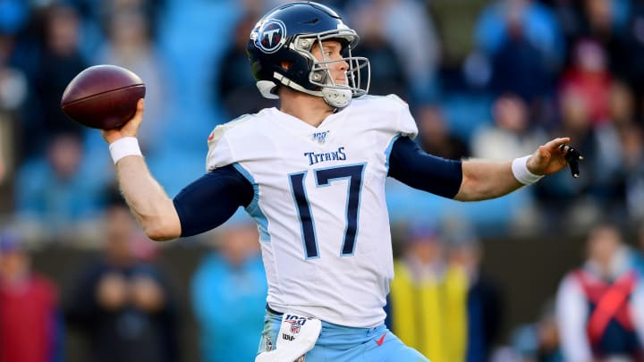 CHARLOTTE, NORTH CAROLINA - NOVEMBER 03: Ryan Tannehill #17 of the Tennessee Titans in the second half during their game against the Carolina Panthers at Bank of America Stadium on November 03, 2019 in Charlotte, North Carolina. (Photo by Jacob Kupferman/Getty Images)