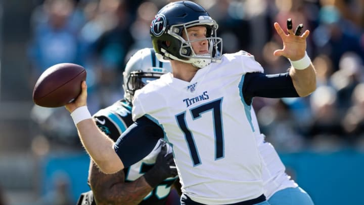 CHARLOTTE, NC - NOVEMBER 03: Ryan Tannehill #17 of the Tennessee Titans during a game between Tennessee Titans and Carolina Panthers at Bank of America Stadium on November 3, 2019 in Charlotte, North Carolina. (Photo by Steve Limentani/ISI Photos/Getty Images).