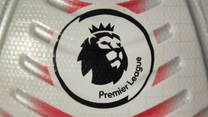 Premier Lig'in resmi topu ve logosu