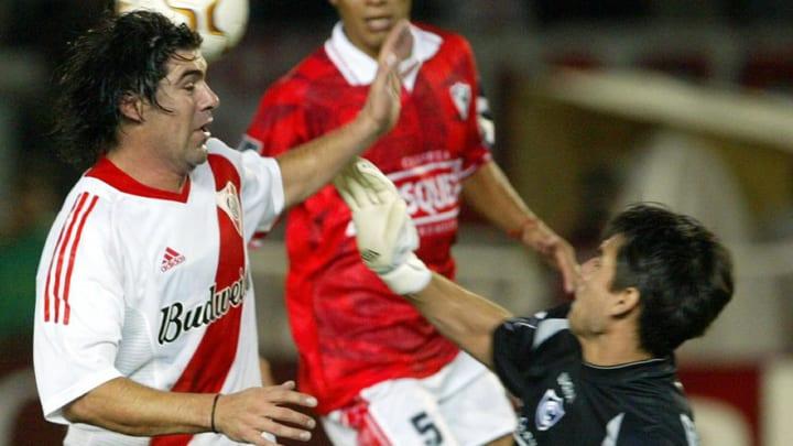 The goalkeeper of Peruvian Cienciano Osc