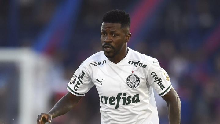 Vai pra onde? Veja 5 possíveis destinos para Ramires após rescindir com o Palmeiras
