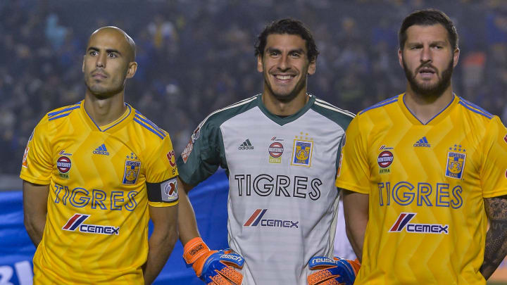 Jugadores de Tigres UANL.