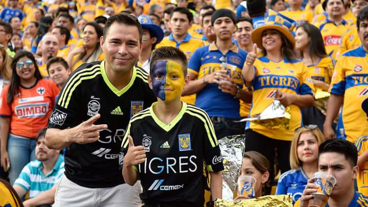Tigres UANL v Monterrey - Apertura 2015 Liga MX
