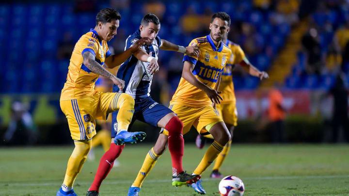 Rogelio Funes Mori, Carlos Salcedo, Diego Reyes