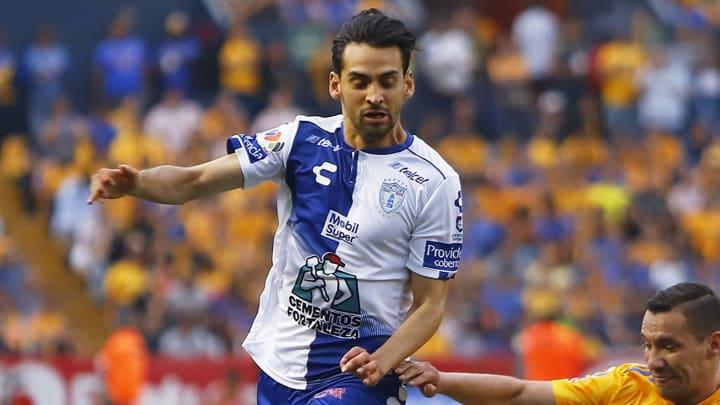 Raúl López suena para reforzar al Guadalajara.