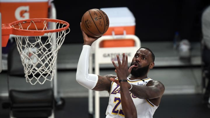Denver Nuggets vs Los Angeles Lakers prediction, odds, over, under, spread, prop bets for NBA betting lines tonight, Monday, May 3.