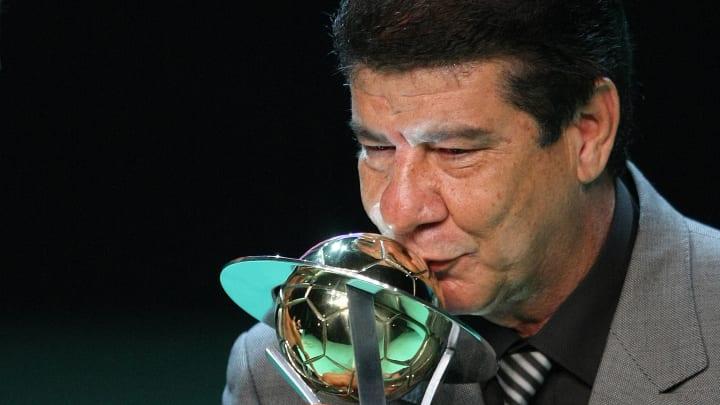 Joel Santana critica febre de estrangeiros no Brasil e corneta Domènec Torrent, ex-Flamengo: 'Sabe nada, meu irmão'
