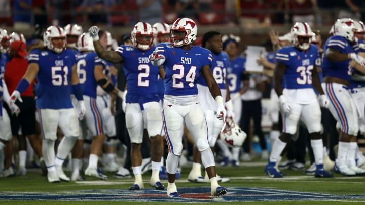 DALLAS, TEXAS - OCTOBER 05:  Jimmy Phillips Jr. #24 of the Southern Methodist Mustangs at Gerald J. Ford Stadium on October 05, 2019 in Dallas, Texas. (Photo by Ronald Martinez/Getty Images)