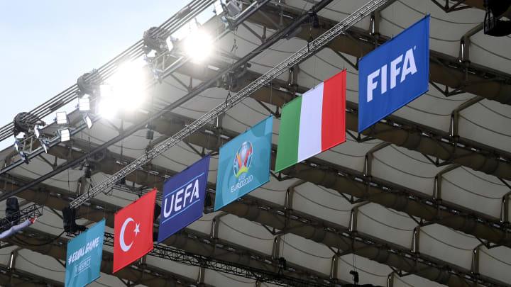Die Türkei und Italien eröffnen die EM!