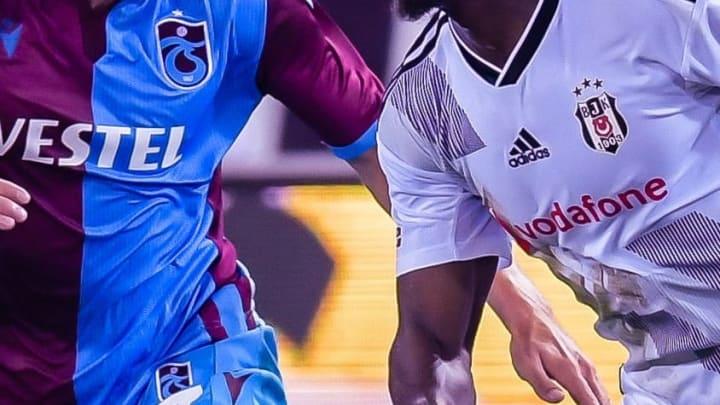 Trabzonspor ve Beşiktaş formaları