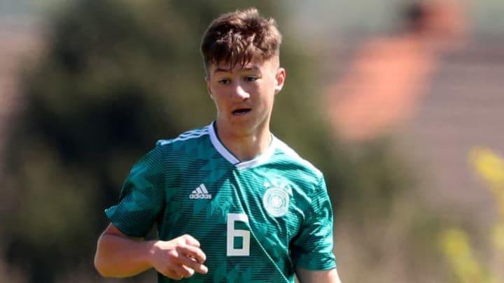 Angelo Stiller (20) im DFB-Juniorendress