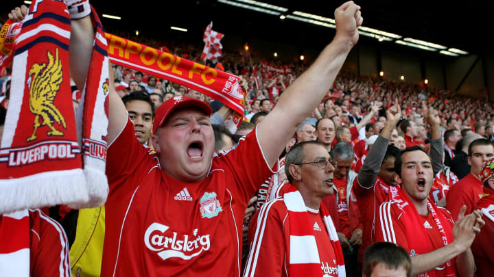 Dei Fans des FC Liverpool bringen immer wieder kreative Fan-Songs heraus