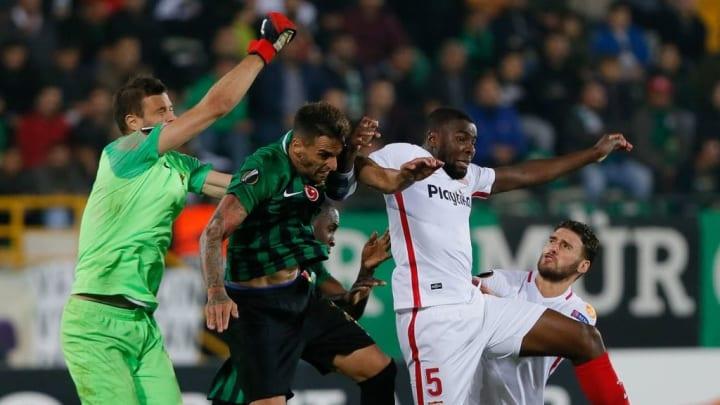 UEFA Europa League: Akhisarspor v Sevilla