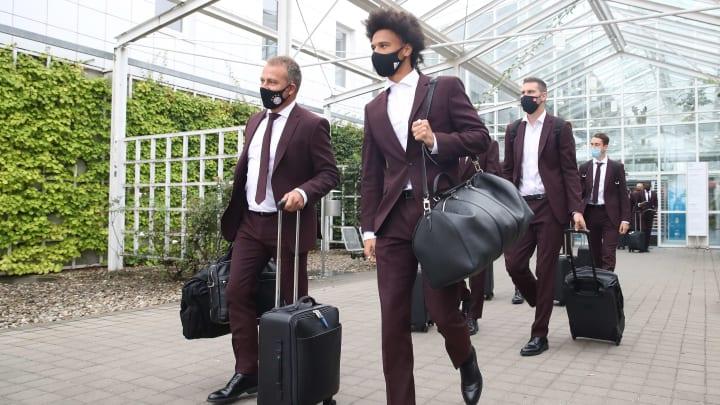 FC Bayern am Flughafen