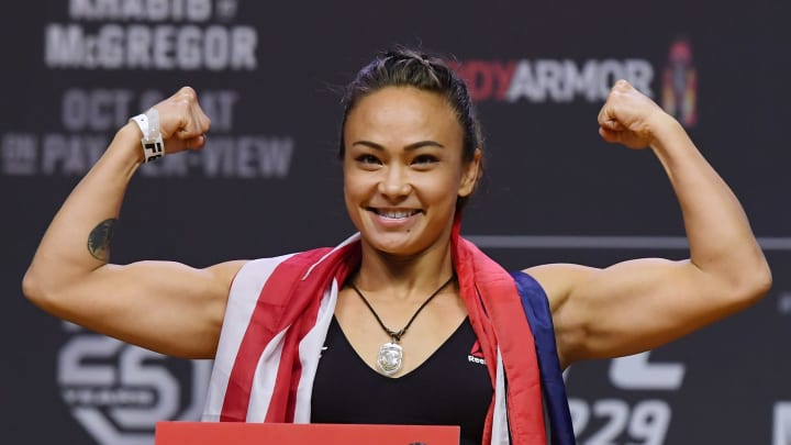 Michelle Waterson vs Marina Rodriguez UFC Vegas 26 women's flyweight bout odds, prediction, fight info, stats, stream and betting insights.