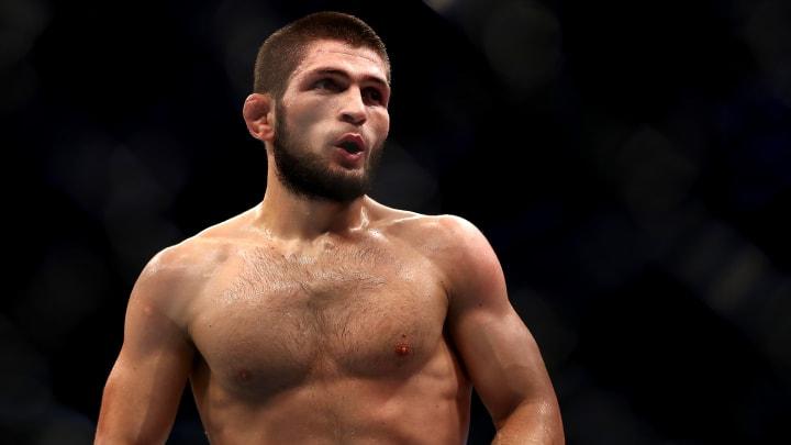 Khabib Nurmagomedov vs Justin Gaethje UFC 254 odds, prediction, fight info, stream and betting insights.