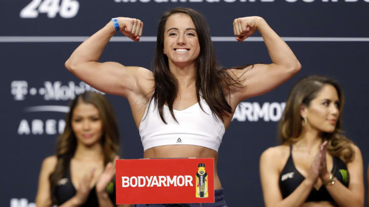 Maycee Barber vs Alexa Grasso odds and prediction for UFC 258 bout.