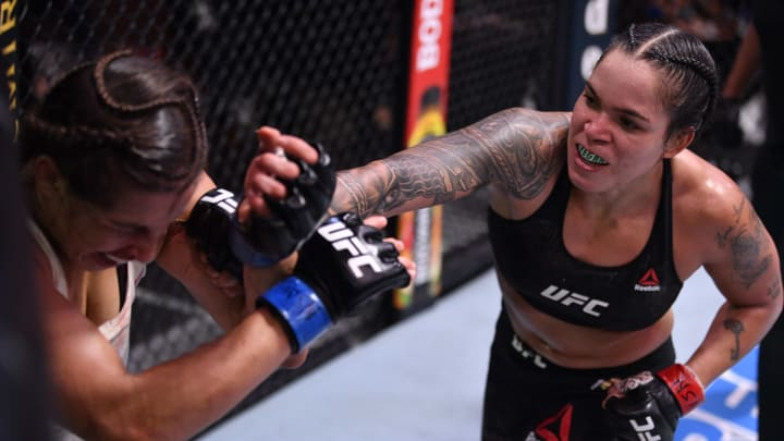 Amanda Nunes vs Megan Anderson UFC 259 women's featherweight co-main event odds, prediction, fight info, stats, stream and betting insights.