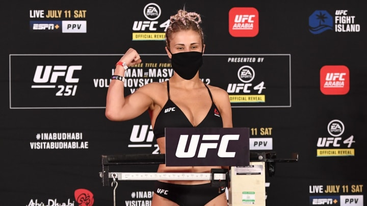 Paige VanZant Gets Submitted Quickly at UFC 251, Now She's a Free Agent
