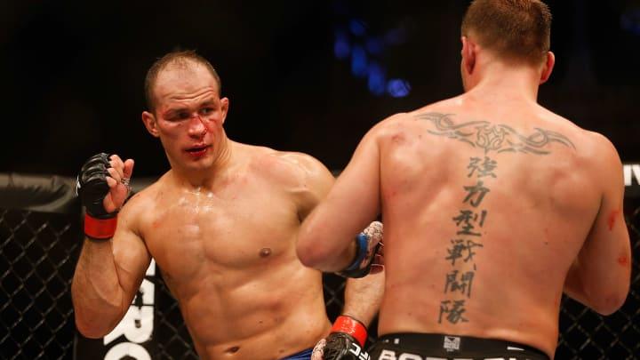 Junior Dos Santos vs Jairzinho Rozenstruik odds, fight info, stream and betting insights for UFC 252.