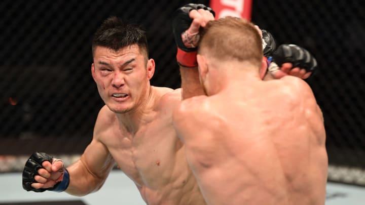 Gustavo Lopez vs Heili Alateng UFC Vegas 37 bantamweight bout odds, prediction, fight info, stats, stream and betting insights.