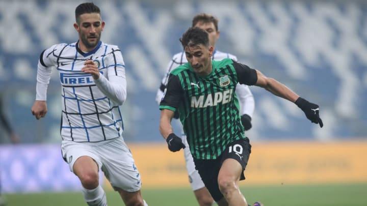 Inter vence a Sassuolo y estira su ventaja en la Liga ...  |Inter- Sassuolo