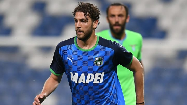 Juventus might not be able to afford both Manuel Locatelli & Miralem Pjanic