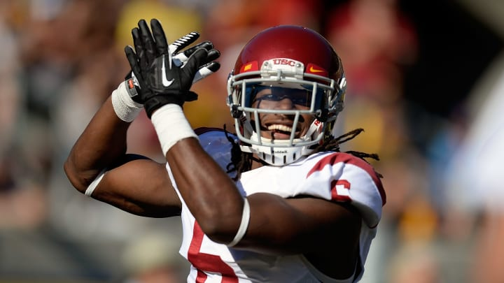 BERKELEY, CA - NOVEMBER 09:  Josh Shaw #6 of the USC Trojans celebrates after returning a blocked punt for a touchdown against the California Golden Bears during the second quarter at California Memorial Stadium on November 9, 2013 in Berkeley, California.  (Photo by Thearon W. Henderson/Getty Images)