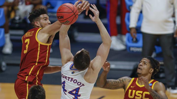 USC basketball annihilated Kansas.