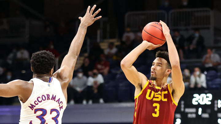 USC basketball forward Isaiah Mobley.