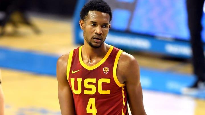 USC basketball forward Evan Mobley.