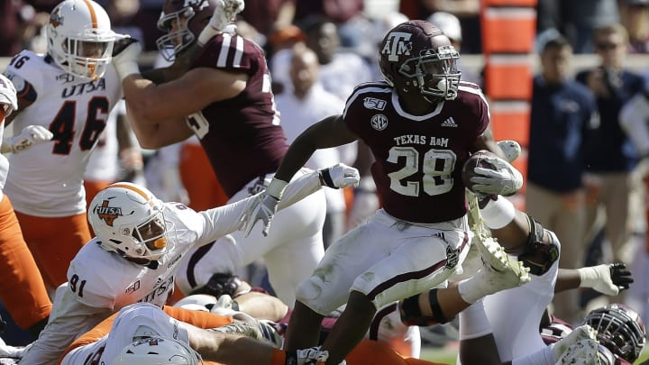 Texas A&M vs Mississippi State prediction, picks, betting odds and spread for college football week 7.