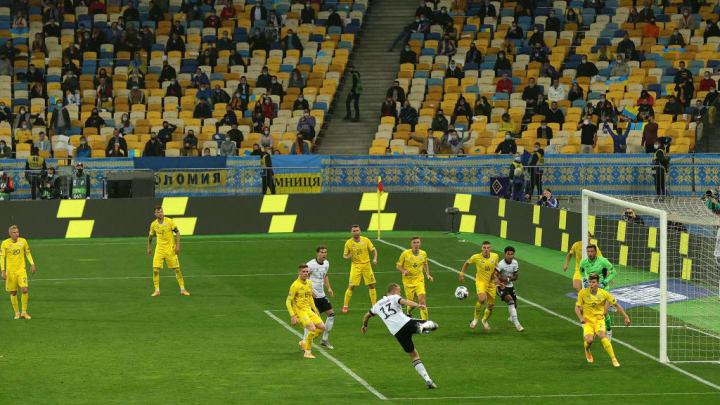 20.000 Fans waren im Kiew im Stadion