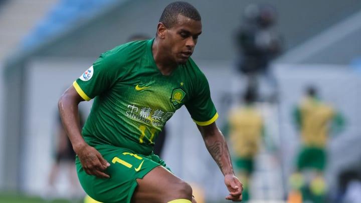 Fernando Lucas Martins için Çin ekibine resmi teklif geldi.