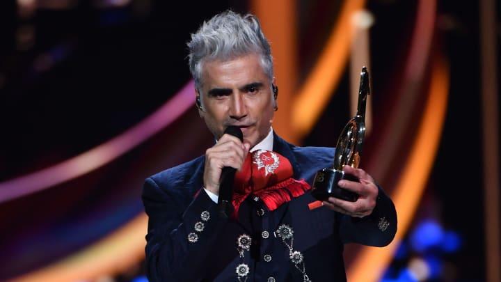 Alejandro Fernández se presentará en los American Music Awards 2021