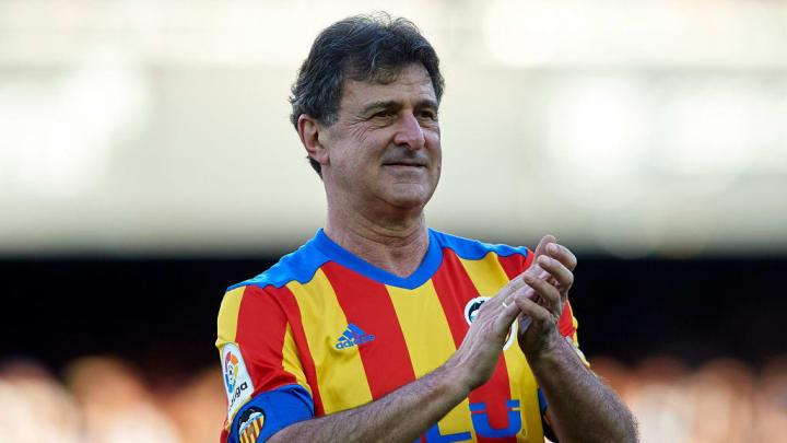 Valencia CF Legends v Spain Legends