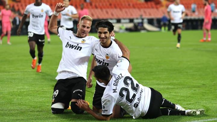 Valencia 4-1 Real Madrid: Penalty Madness as Blancos Are Hammered at  Mestalla