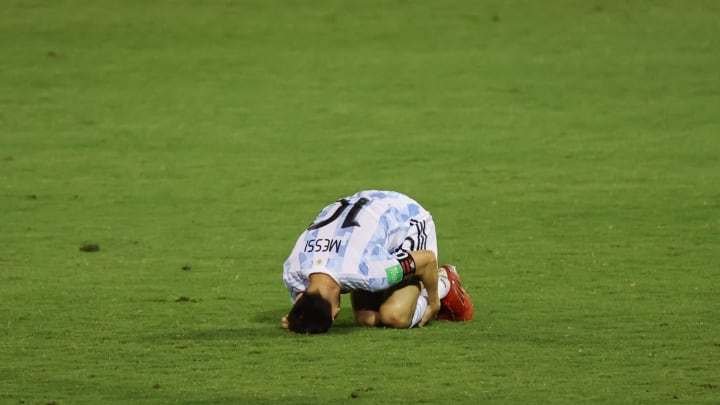 Messi nursing his wounds