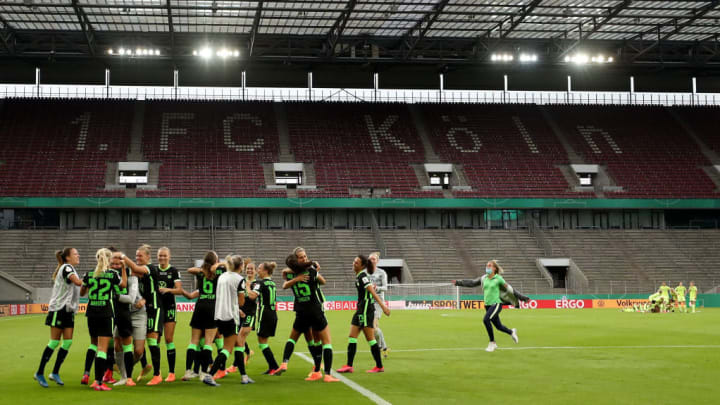VfL Wolfsburg Women's v SGS Essen Women's - Women's DFB Cup Final