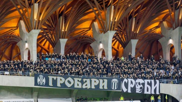 Gospel choir or football ultras?