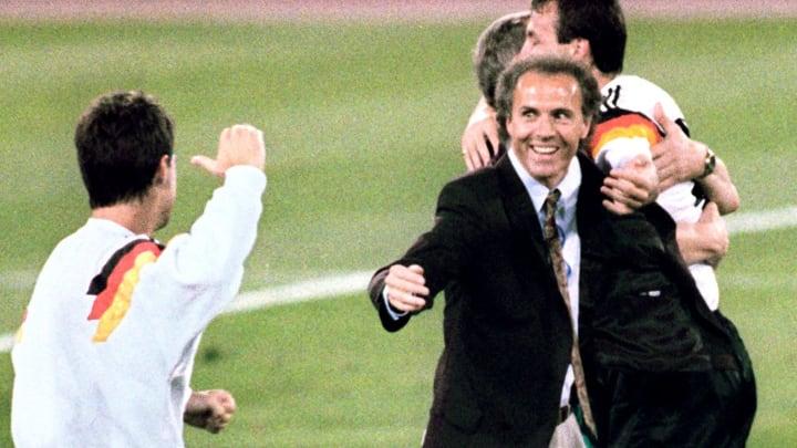 Franz Beckenbauer als Bundestrainer beim WM-Triumph 1990