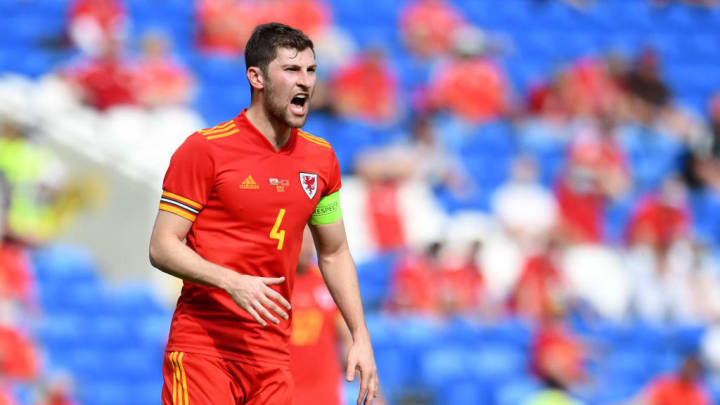 Ben Davies - Soccer Player - Born 1993